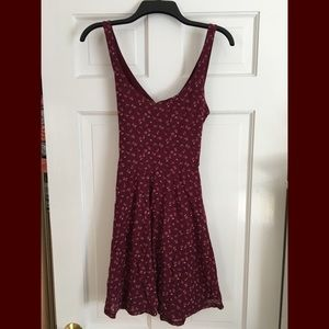 ABERCROMBIE AND FITCH FLORAL SKATER GIRL DRESS